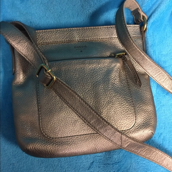 84724a96ce12 Fossil Bags | Cooper Gold Leather Crossbody | Poshmark